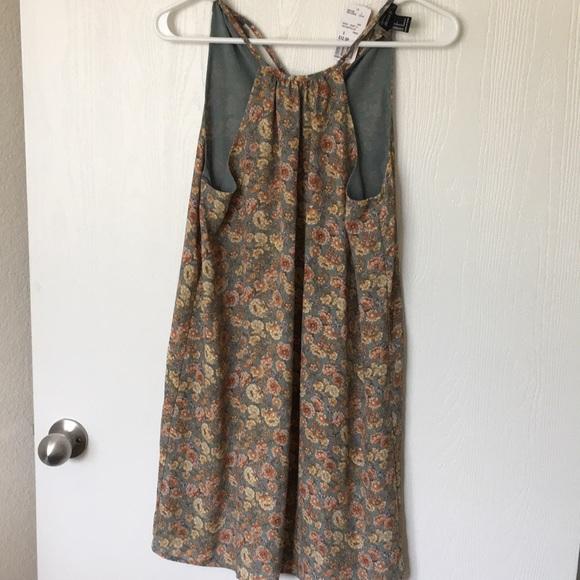 Forever 21 Dresses & Skirts - Forever 21 Small Flower Printed Dress